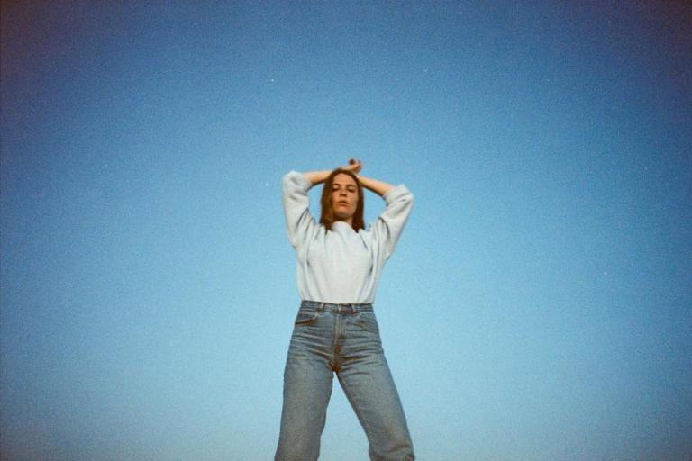 Maggie-Rogers-2018-photo
